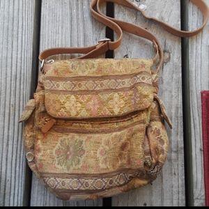 Fossil vintage carpet bag